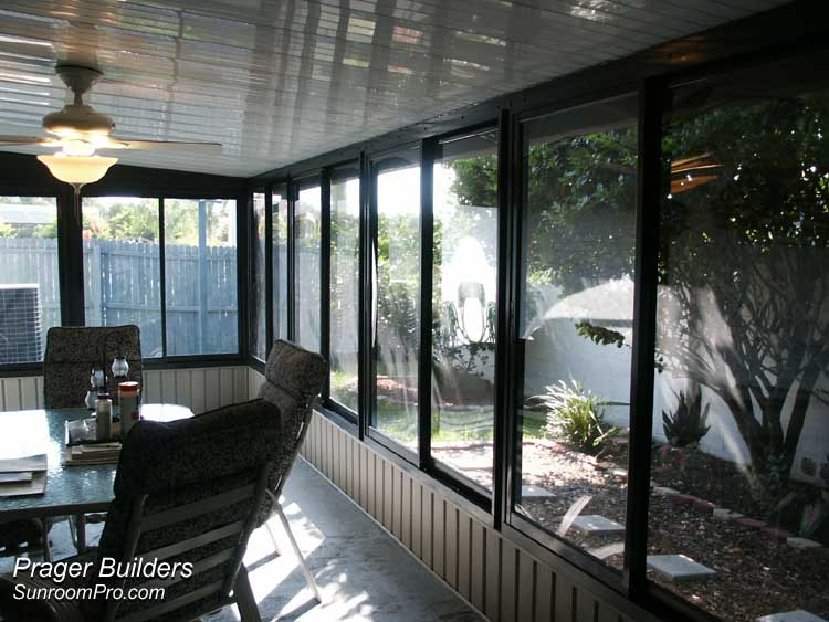 Orlando florida sunroom builders acrylic windows prager for Large windows for sunroom